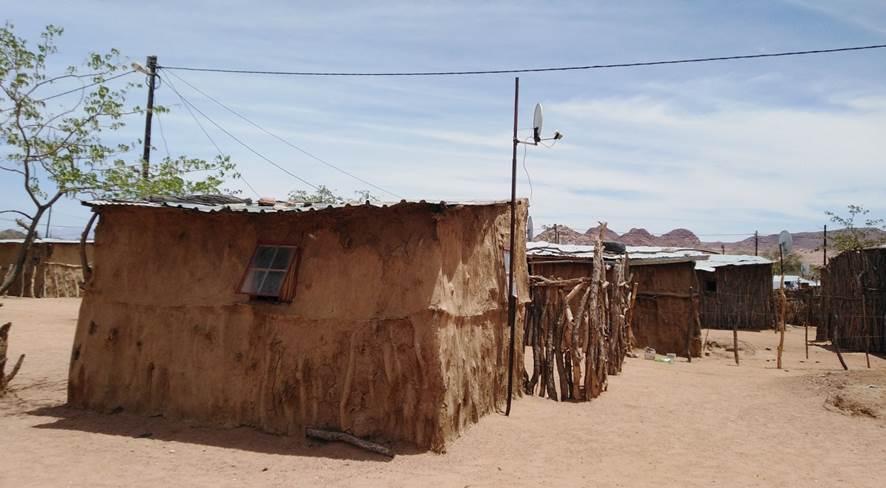 Feuerfeste Akazienkomposit-Baumaterialien aus namibischen  Rohstoffen als Grundlage für low-cost housing Konzepte 2